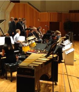Tocando con la universidad de Louisville Big Band